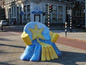 Chair sculpture at Mathenesserlaan, Rotterdam