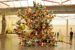 Demon of the Growth II (Plastic balls, 2013-14)